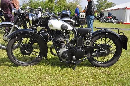 AJS 1952